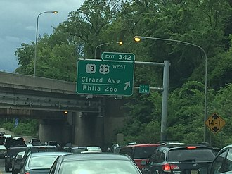 Girard Avenue - Girard Avenue exit