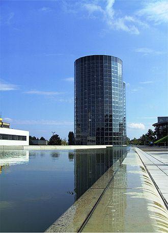 Autostadt - Glass car silos