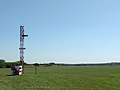 Glideslope antenna at runway 11 of Ezeiza airport - panoramio.jpg