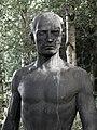 Grabplastik 1943, für Arthur Habich (1874–1944), Waldfriedhof Rheinfelden, Aargau. Von August Suter (1887–1965) (1).jpg