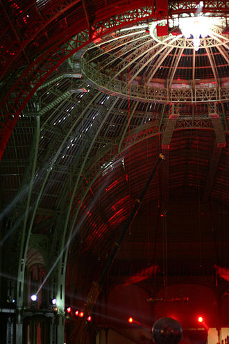 Nuit Blanche - The artistically lit interior of the Grand Palais in Paris, 2005