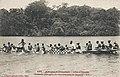 Grande pirogue de guerre sur la lagune Abi (Côte d'Ivoire).jpg