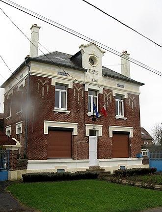 Gueudecourt - Town hall