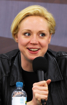 Gwendoline Christie en London Film & ComicCon, 2012.png
