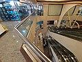 HK SW 上環 Sheung Wan 德輔道中 340 Des Voeux Road Central 華泰商業大廈 Hua Qin International Building mall interior escalators October 2019 SS2 02.jpg