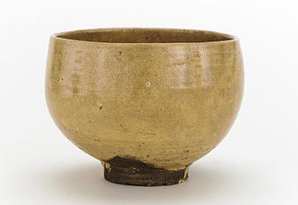 Japanese aesthetics - An 18th century tea bowl, exhibiting the aesthetics of Shibui