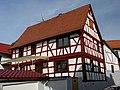 Hanau-Mittelbuchen, Hinter der Kirche 5.jpg