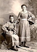Helga and Clara Estby.jpg