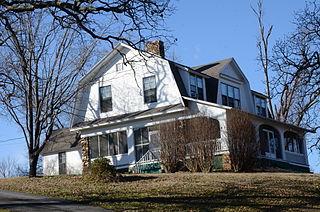 Hemingway House and Barn (Fayetteville, Arkansas)