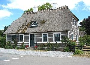 Hesnæs - Image: Hesnæs karakteristisk hus 1