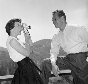 Lydia Clarke - Clarke with husband Charlton Heston  at their Beverly Hills home in 1960