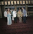 Het koninklijk paar op een galabijeenkomst met president Soeharto en zijn vrouw,, Bestanddeelnr 254-9071.jpg
