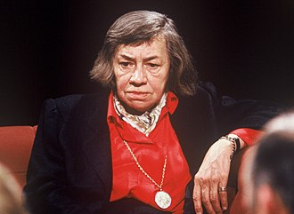 Patricia Highsmith - Highsmith on the British television discussion programme After Dark in June 1988 (more here)