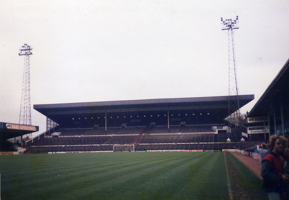 Holt End in 1983