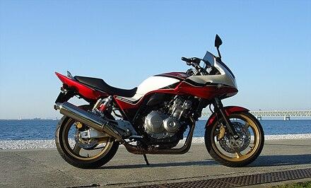 CB400 SF (ホンダ NC42 2014) バイク試乗レビュー HONDA CB400 SUPER FOUR ...