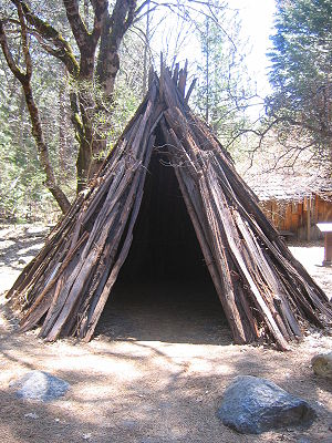 Plains and Sierra Miwok - Image: House Miwok Yosemite CA