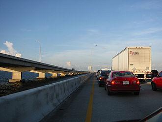 Howard Frankland Bridge - Eastbound traffic toward Tampa in 2005