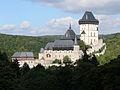 Hrad Karlštejn, pohled od jihovýchodu.jpg
