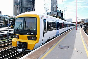 British Rail Class 465 - Southeastern 465019 at London Bridge