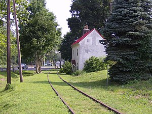 Huntingdon Valley station - Dormant tracks and a private residence near the former site of Huntingdon Valley station.