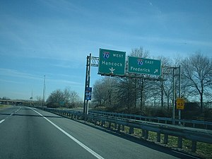Interstate 81 in Maryland - I-81 northbound at I-70 interchange in Halfway