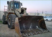 IDF-CAT-966-Loader-1.jpg
