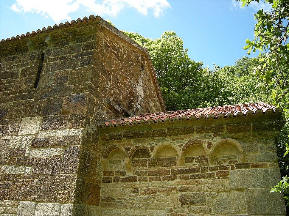 Iglesia de San Antoniño de Toques