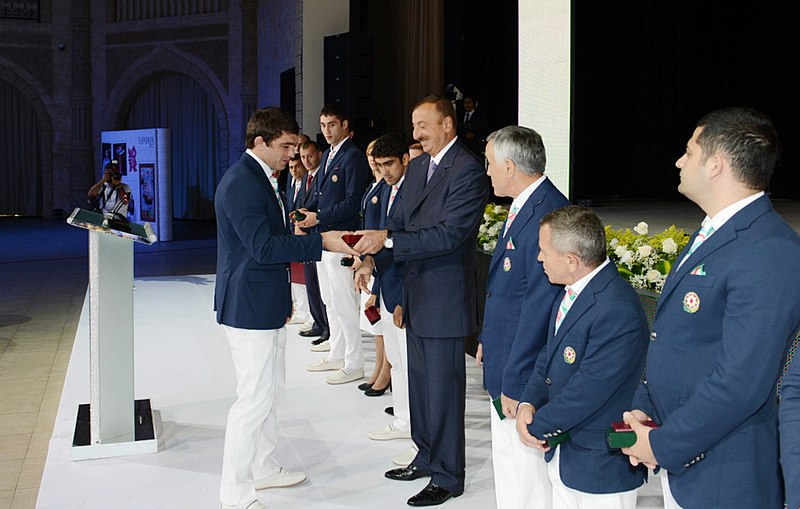 File:Ilham Aliyev met with the sportsmen who took part in the 30th Summer Olympic Games in London 7.jpg