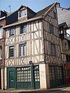 Immeuble 77, rue des Bons-Enfants, rue des Béguines.jpg