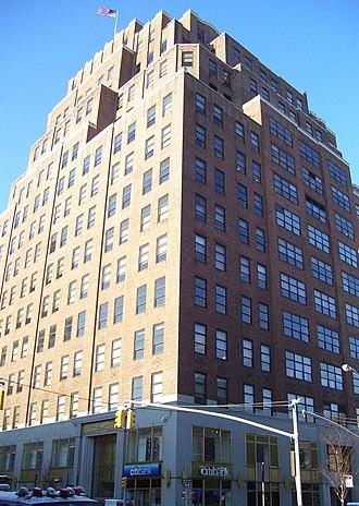 111 Eighth Avenue - Eighth Avenue facade of 111 Eighth Avenue (2011)