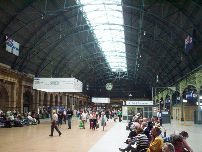 File:Inside central railway station, sydney.jpg