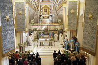 Interno Santuario dopo il 2006.jpg