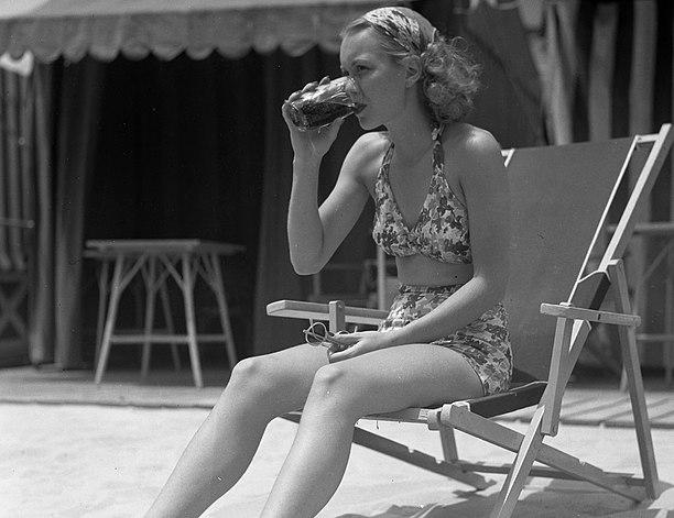 Jane Wyman,1935 (cropped)