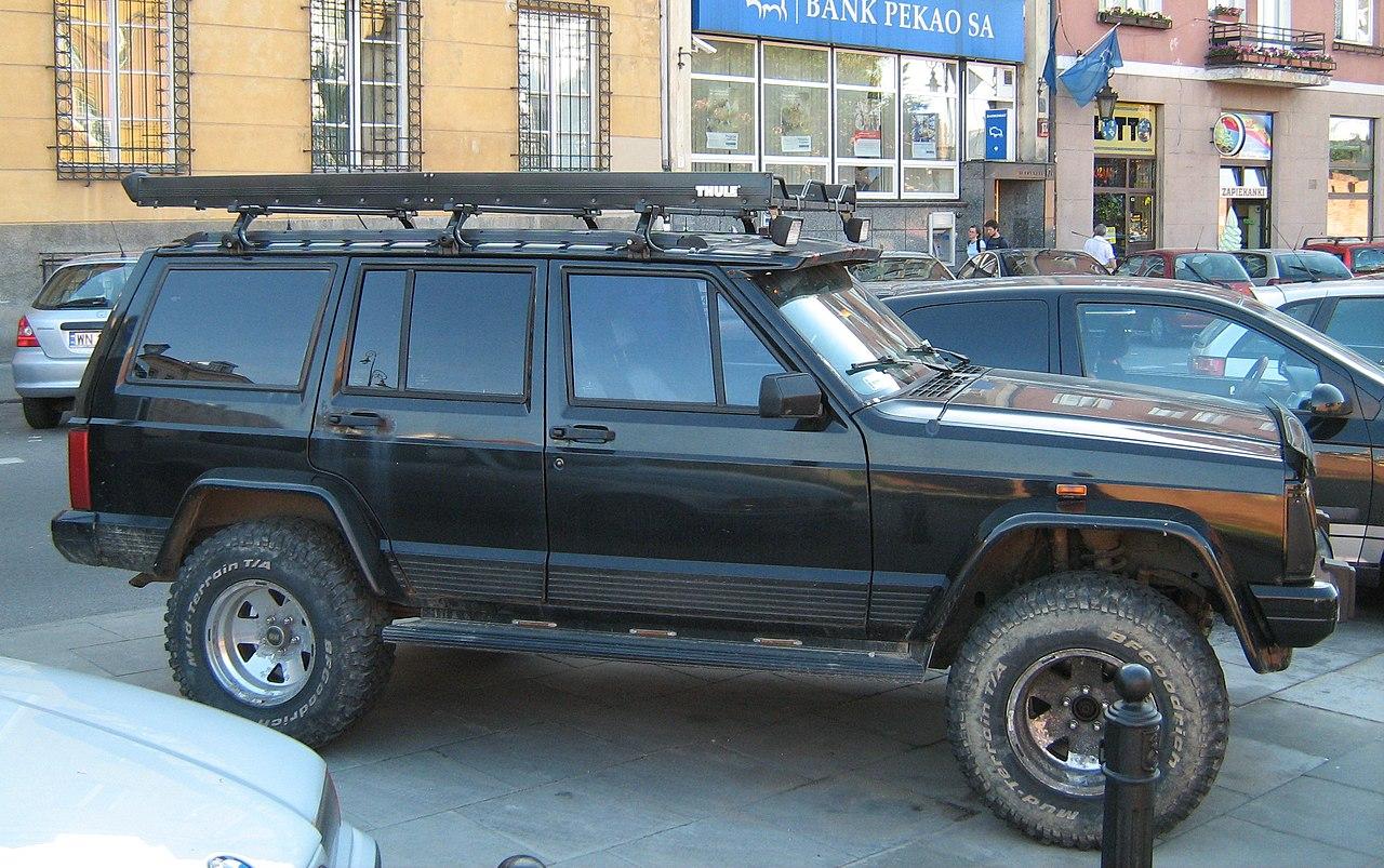 File:Jeep Cherokee XJ black customized lifted on Podwale Street in Warsaw. ...