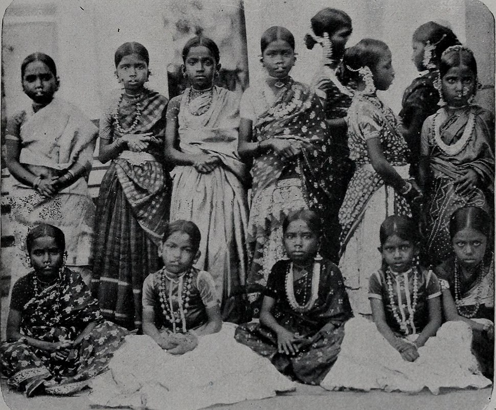 Jeunes élèves de l'école de Karikal