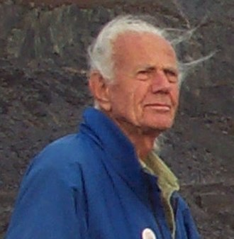 John Dobson (amateur astronomer) - John Dobson in 2002.