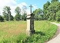 Kříž na rozcestí u domu 279 ve Starých Křečanech (Q104983694).jpg