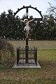 Kříž ve středu obce, Střeň, okres Olomouc.jpg