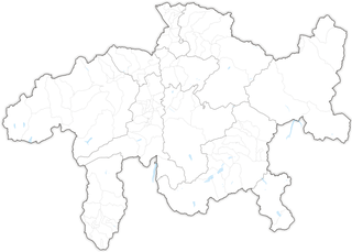 Municipalities of the canton of Graubünden Wikimedia list article
