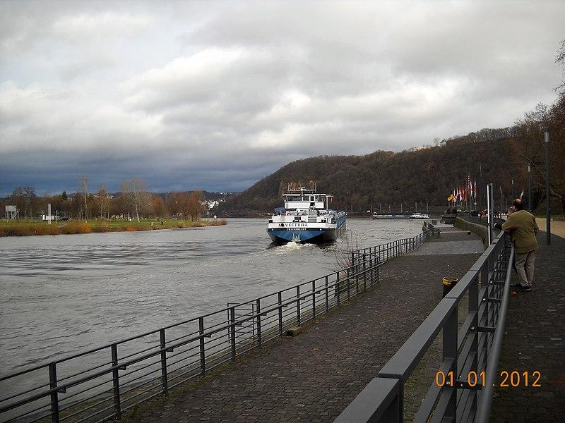 File:Koblenz - Deutsches eck - panoramio.jpg