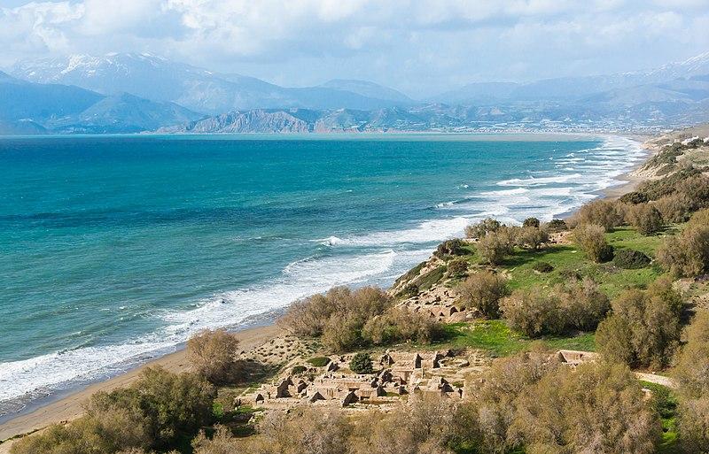 File:Komos site baie Crète.jpg