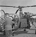 Koninklijk gezin in Middelburg (in de helicopter), Bestanddeelnr 913-8942.jpg