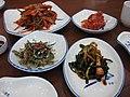 Korean.cuisine-Kimchi-banchan-01.jpg