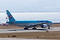 Korean Air ,KE2726 ,Boeing 777-2B5(ER) ,HL7750 ,Departed to Seoul ,Kansai Airport (16668222025).jpg