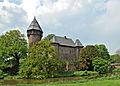 Krefeld, Burg Linn, 2011-04 CN-07.jpg