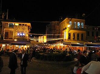 Kumkapı - Seafood restaurants in Kumkapı at night
