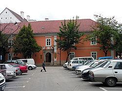 Kvár Piarista rendház.jpg