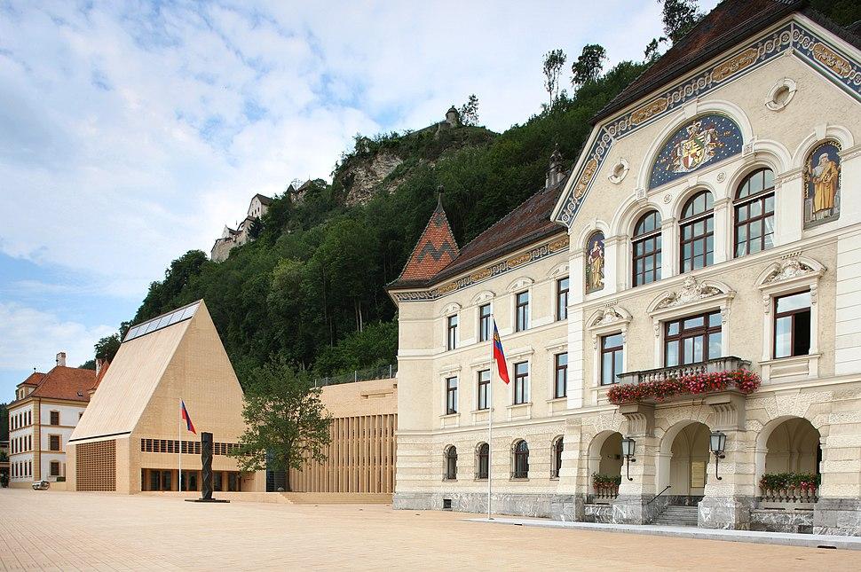 Landtagsgebäude und Regierungsgebäude