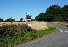 Lane junction near Castling's Heath - geograph.org.uk - 1474175.jpg
