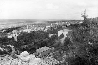 Lapithos. Utsikt mot öster - SMVK - C06275.tif